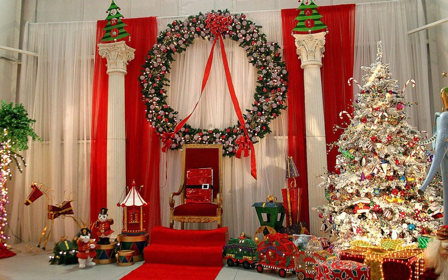 The Holidays are a magical time for friends and family to come together. From amazing Christmas party or other Holiday event. Burgess Events and Amusements ensures that all the details come together to create an event that is unforgettable. We take the time to get to know you and your company because we know it's not just a holiday event, but an investment in your family whether it be business or personal. Our team ensures that you get the highest quality and most professional service available. Planning an event around the holidays can be stressful enough; let us help make it easier for you.