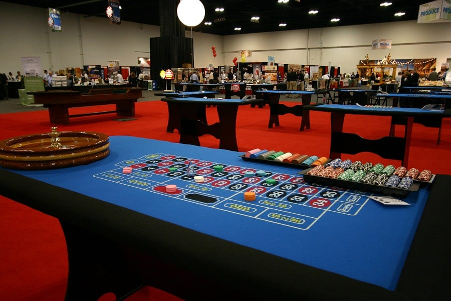 Casino-Party-Rentals-Event-Rent-Game-Tables-Las-Vegas-Night-amusement-games-Burgess-Events-02-0046