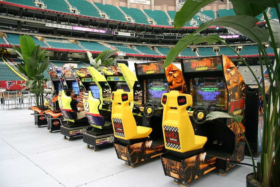 Stadium-Video-Games-Corporate-Event-Company-Picnics-Carnival-Ride-Rentals-Amusement-Games-Entertainers-Burgess-Events-A-0026